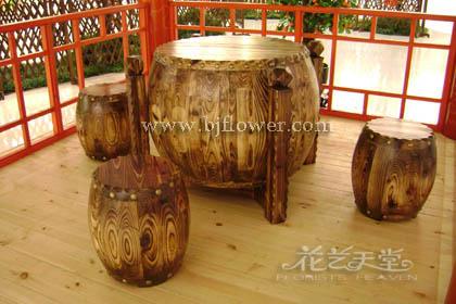 可制作很多特色木制品