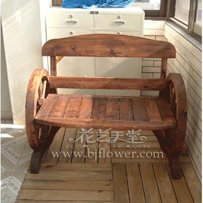 十七,木制桌椅
